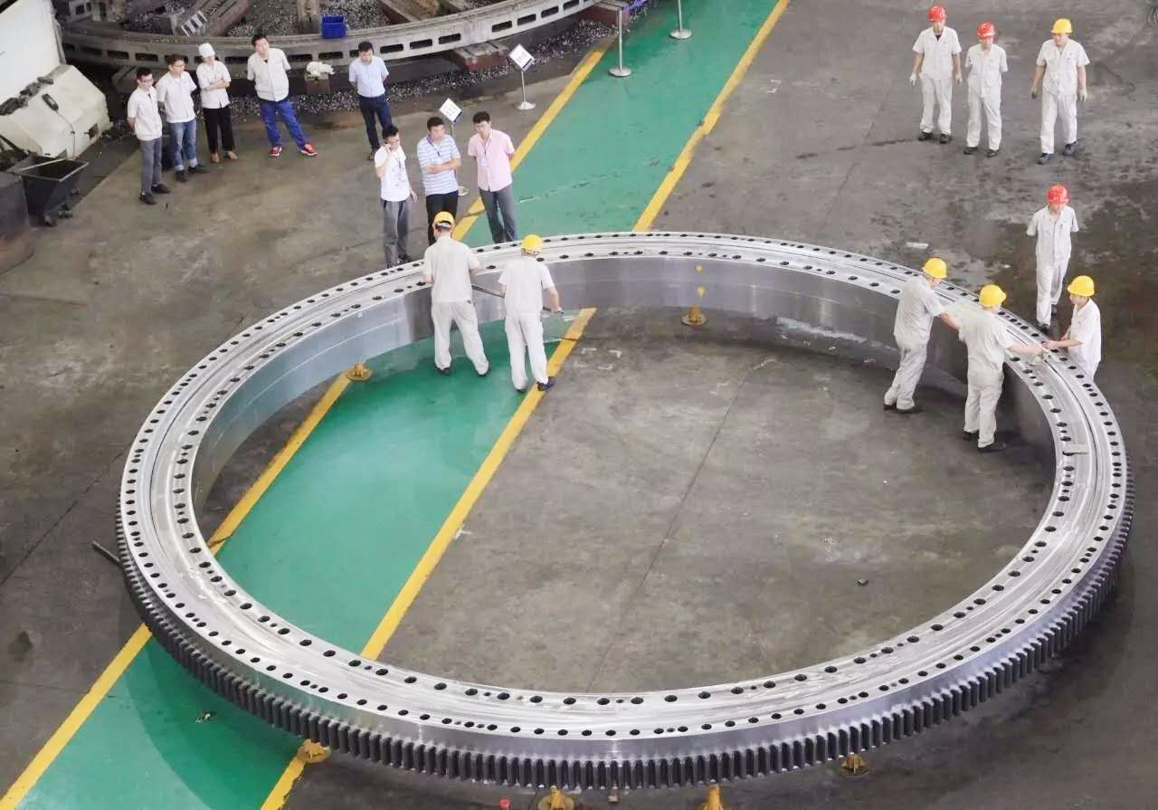 Extra large slewing bearings for Maritime cranes